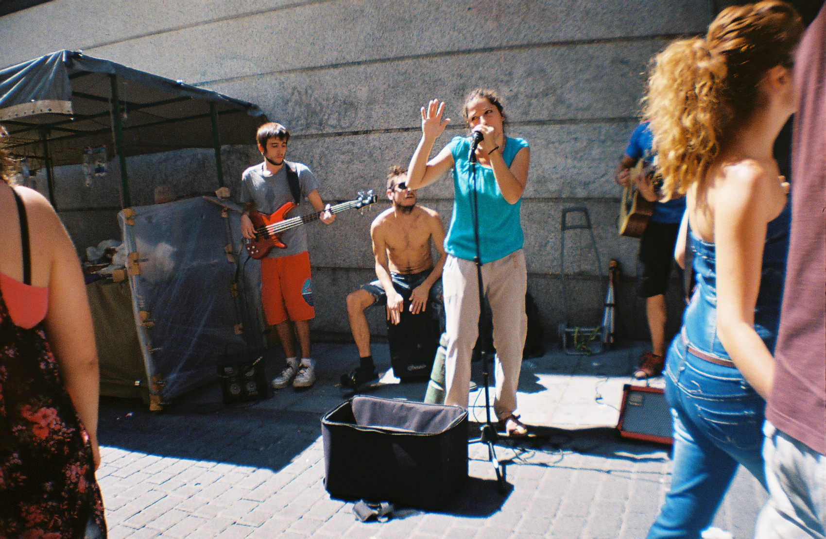 Street Performance at El Rastro