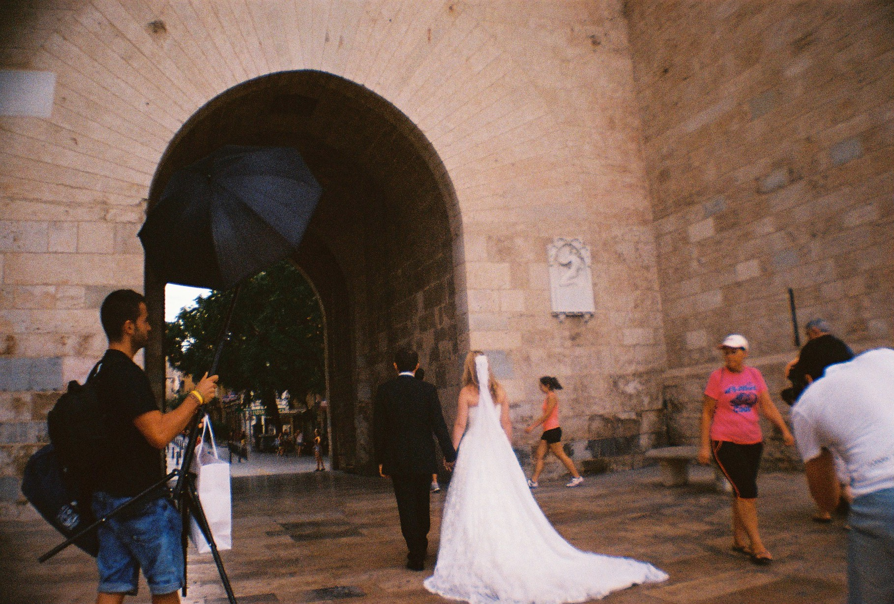 Witnessing a wedding in Valencia